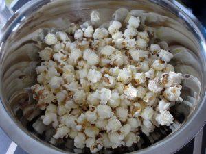Du popcorn produit à partir d'un épis de maïs !