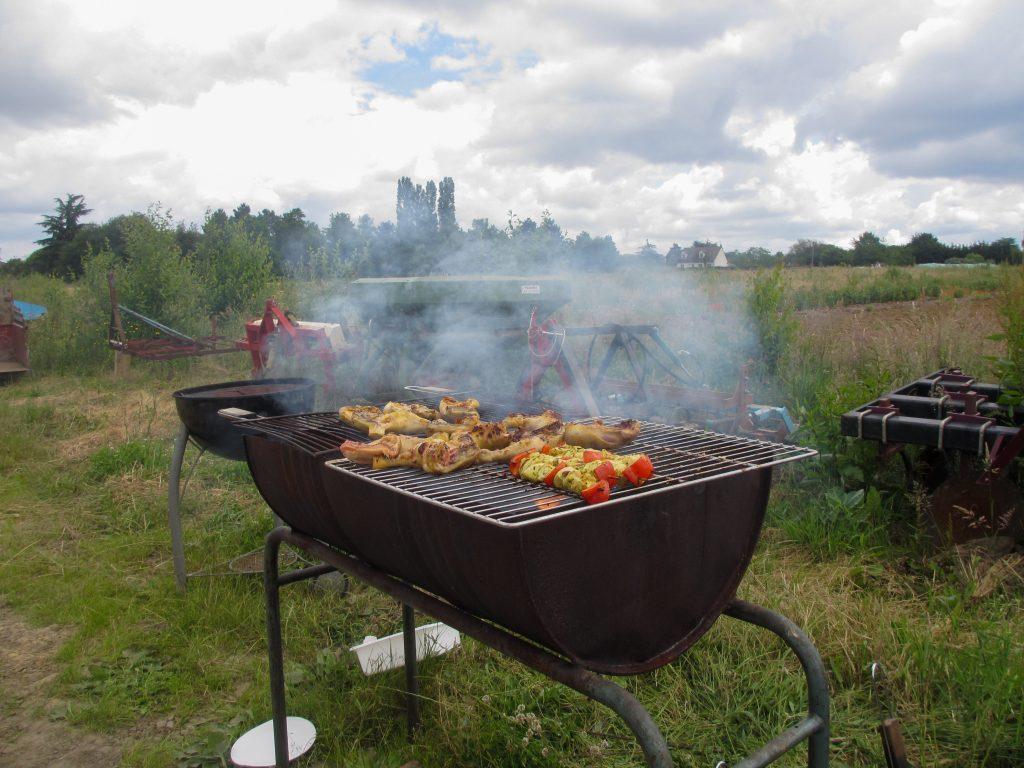 Fête des 3 AMAPS : un bon barbecue !
